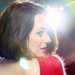 «Femmes debout», 1er album solo de Zoé Simpson