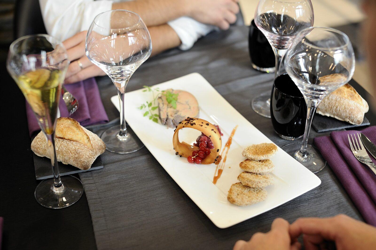 Reportage touristique sur la ville d'Angers. Restaurant le XVII ème. ©Jean-Sébastien Evrard