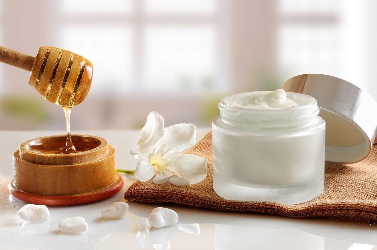 Vos produits de beauté pour un voyage olfactif estival...