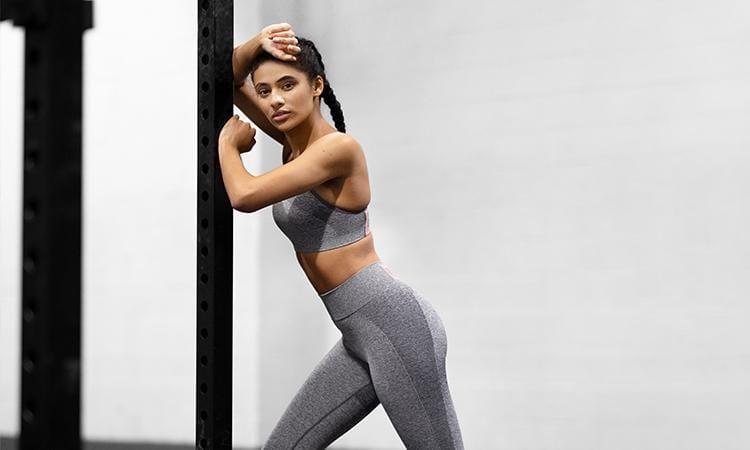 Vous pouvez porter les vêtements de sport qui vous plaisent à condition de respecter quelques règles pour améliorer votre confort