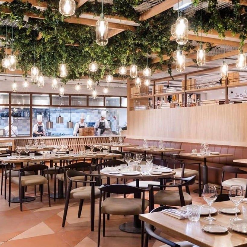 L'intérieur du restaurant Osteria del vino