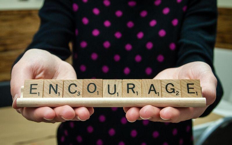 scrabble encourage
