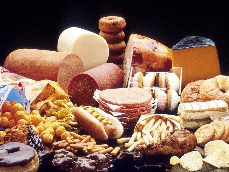 Les aliments à éviter pendant le confinement