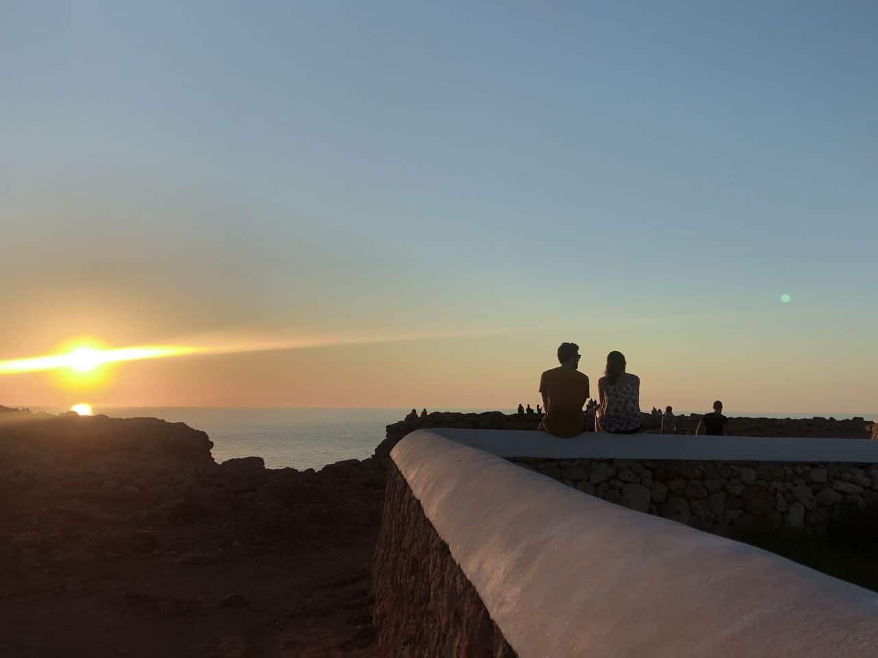 Minorque-sunset-phare-punta-nati-lilytoutsourire