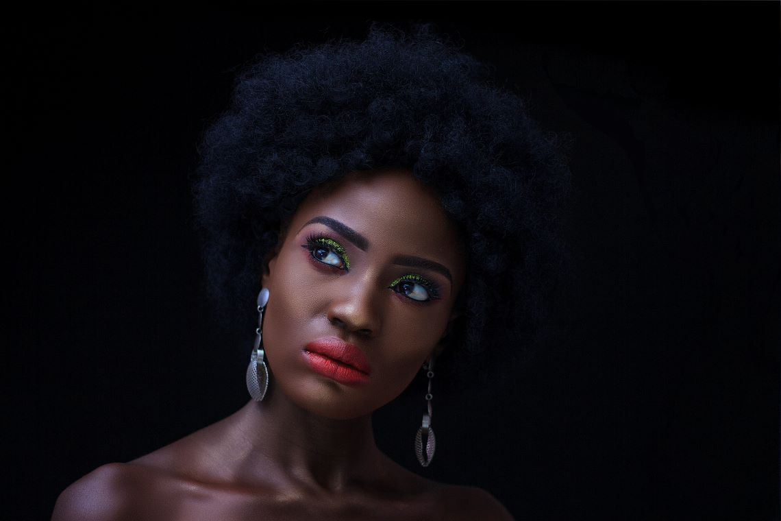 Black beauty maquillée