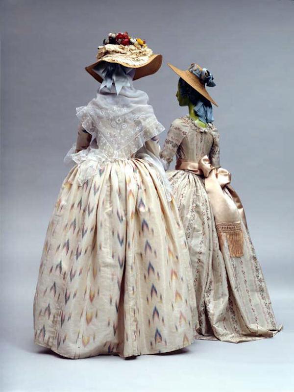 robe-à-la-polonaise