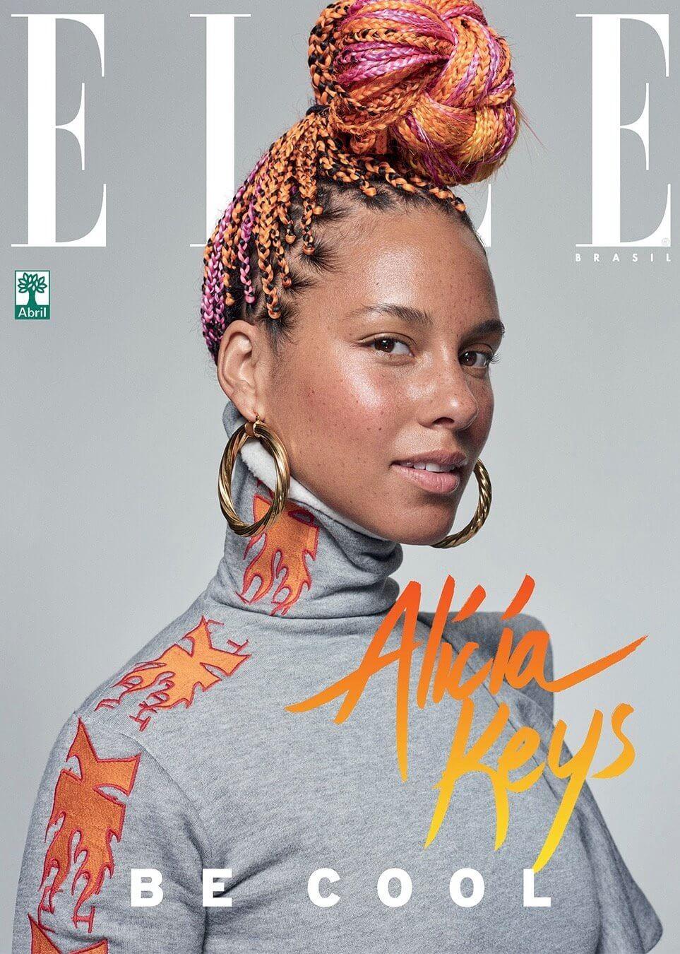 La chanteuse pop Alicia Keys faisant la couverture de Elle Brasil.  Madame Noire : https://madamenoire.com/840689/alicia-keys-elle-brasil/