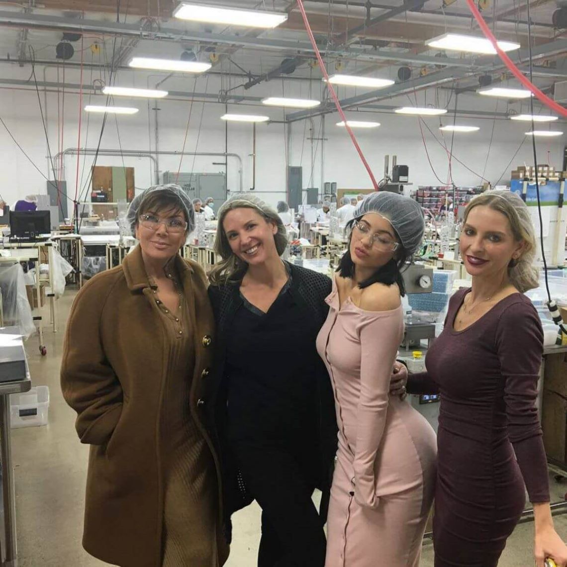 Kylie Jenner entrepreneuse : elle visite son usine