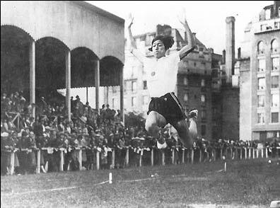 Photo de Hitomi Kinue, Jeux Mondiaux féminins de 1926.