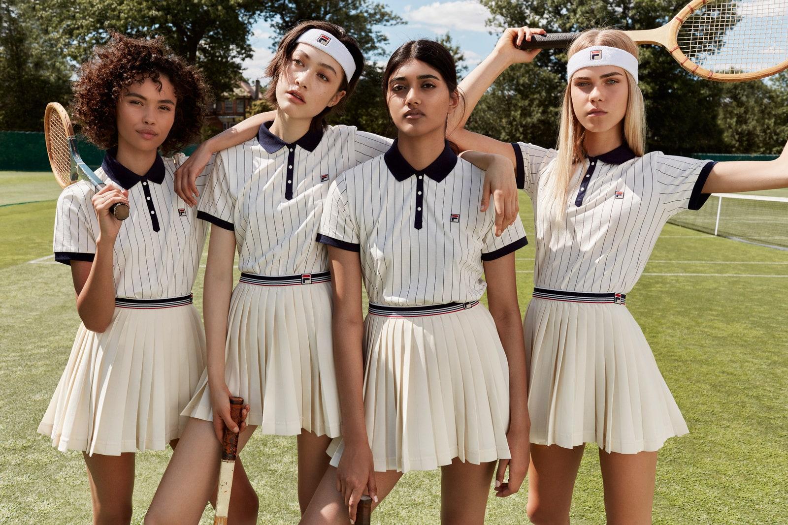 Tendance de l'été, la jupe de tennis s'impose hors des courts