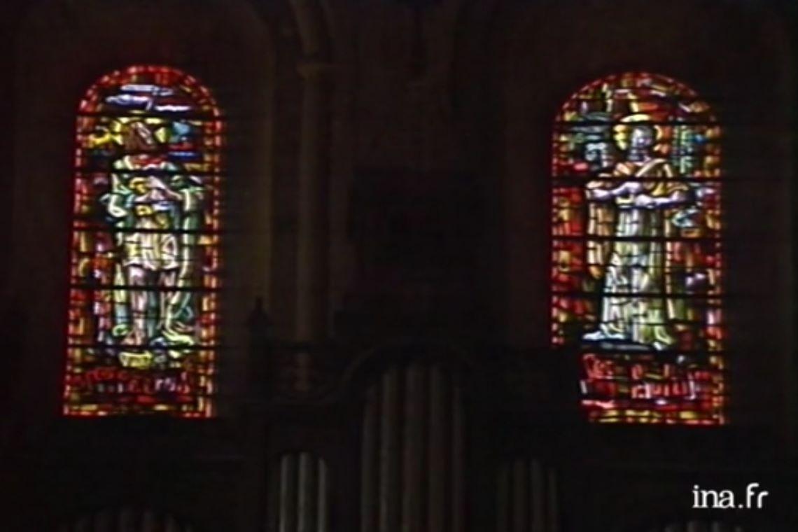 Les vitraux de Soulages à Conques : de la pénombre à la clarté