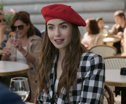 Emily in Paris : la série mode de la rentrée