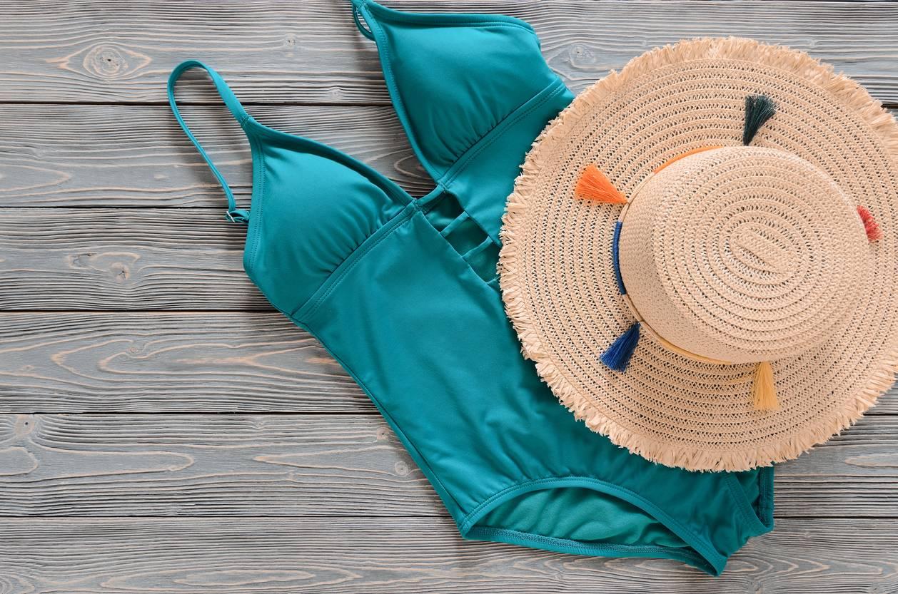 il faudra bien songer au maillot à la plage et à la piscine