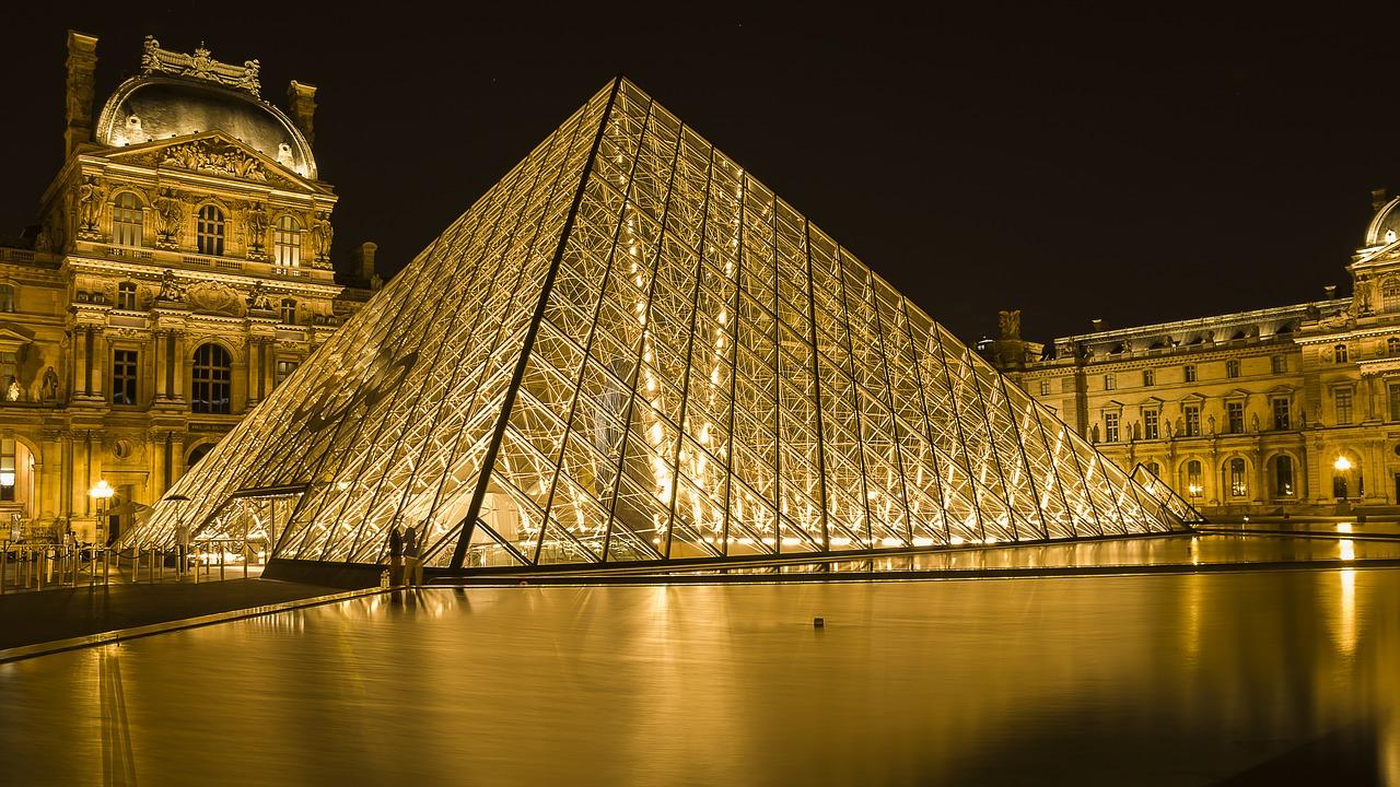 Visiter le Louvre durant le confinement : une exploration virtuelle atypique