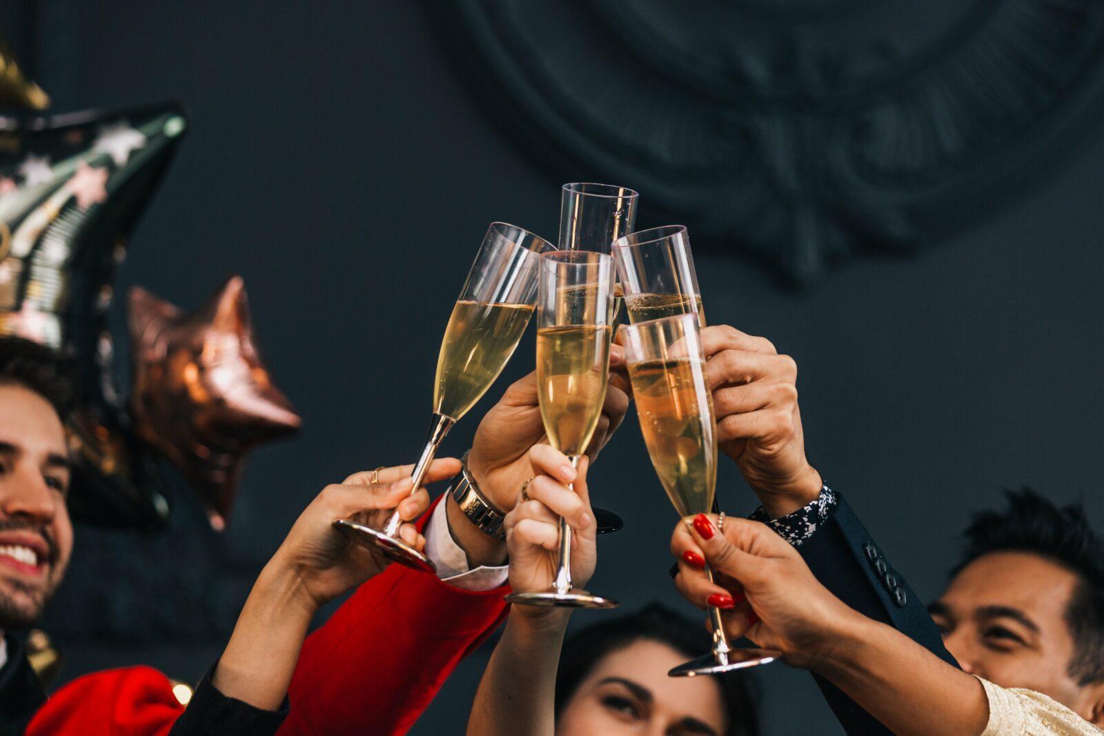Les bonnes idées pour organiser un Nouvel an confiné en petit comité