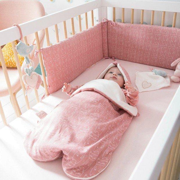 Nid d'ange pour bébé : un non choix pour ce petit être.