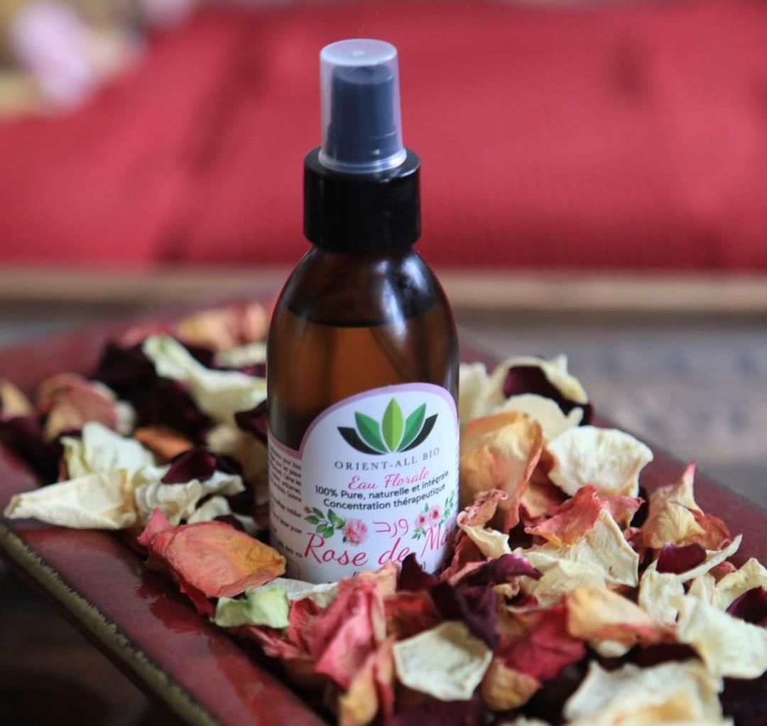 L'eau de rose Orient-All Bio, un cosmétique pur et naturel aux principes actifs pissants.
