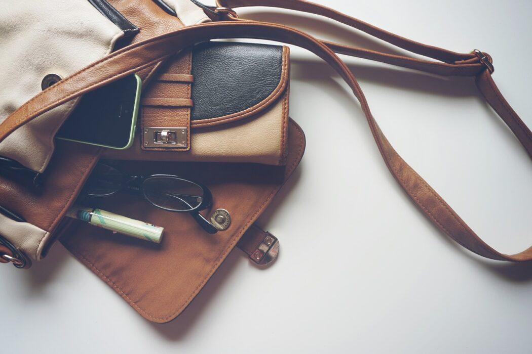 Incontournable, le sac bandoulière pour femme