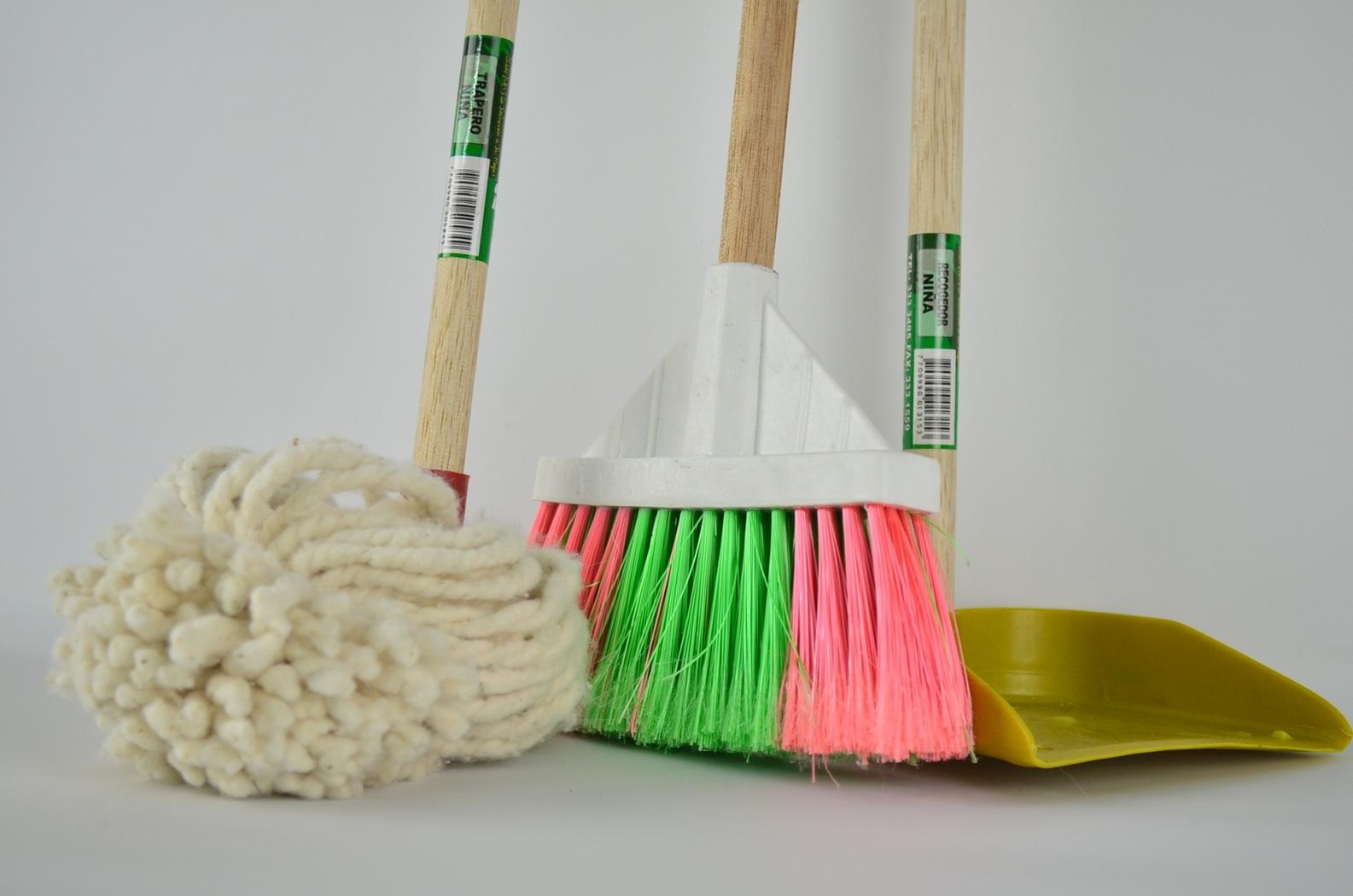 Produits ménagers naturels : 6 recettes à faire à la maison