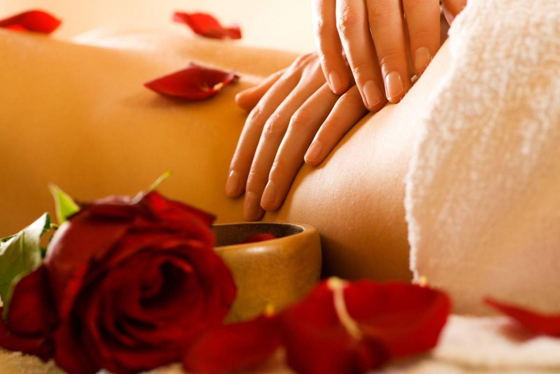 Huile de massage chauffante : les zones érogènes à privilégier