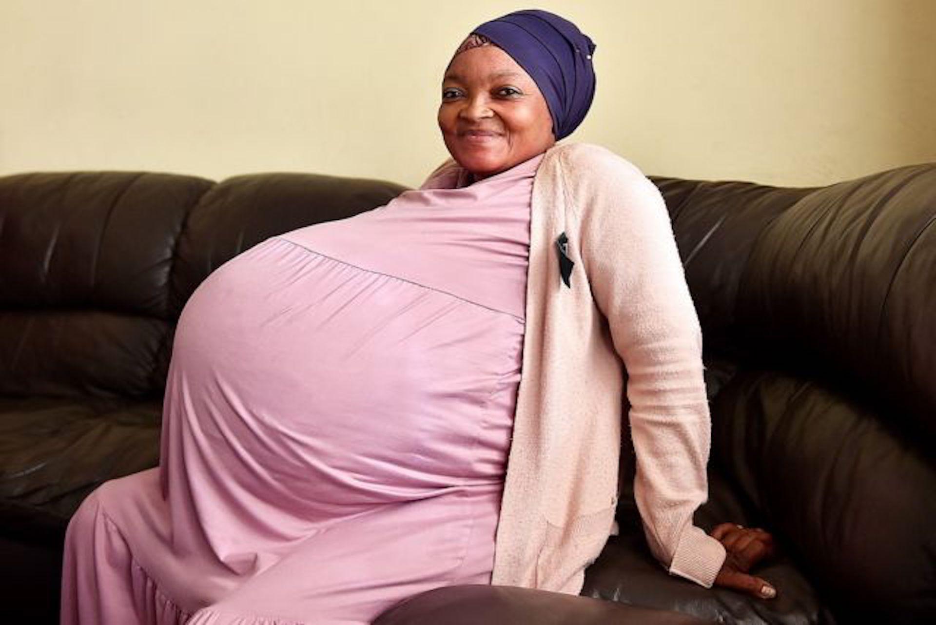 Une sud-africaine donne naissance à dix bébés, une première mondiale