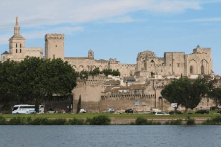 Spectacle vivant à l'honneur : Le festival d'Avignon, les représentations à ne pas manque