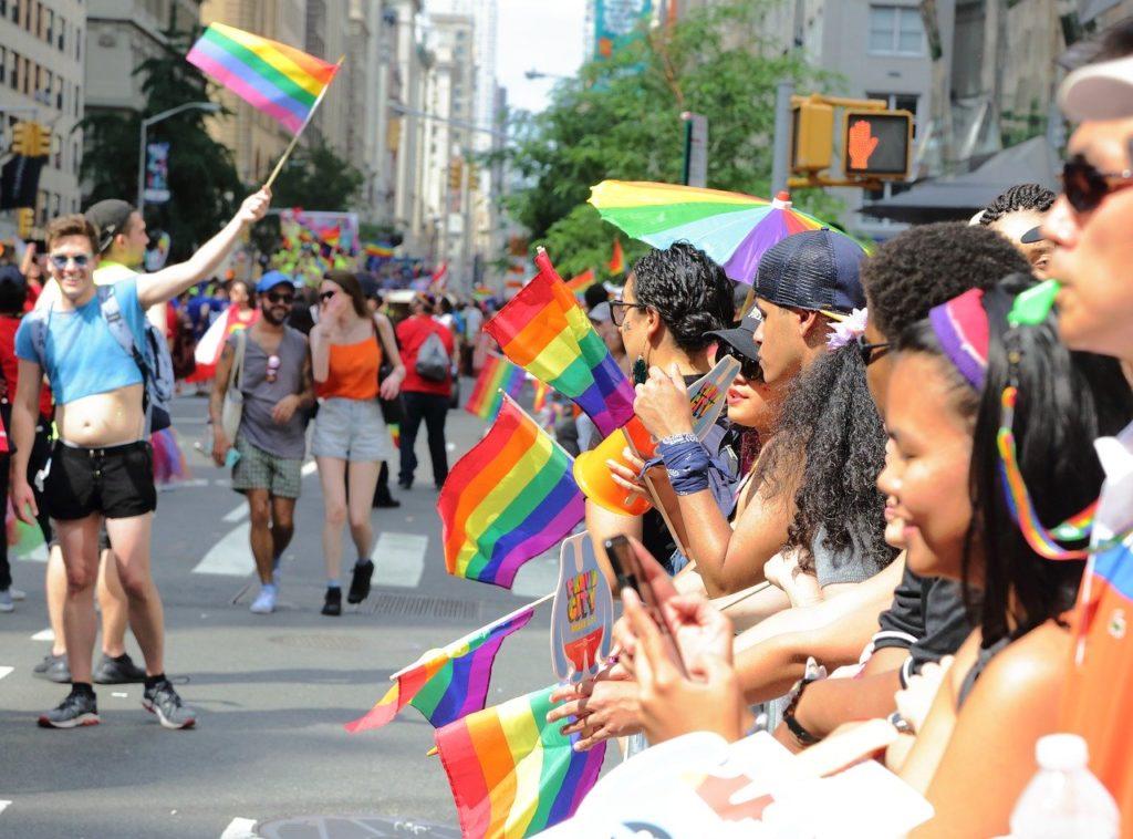 la Pride : marchons unis et avec fierté
