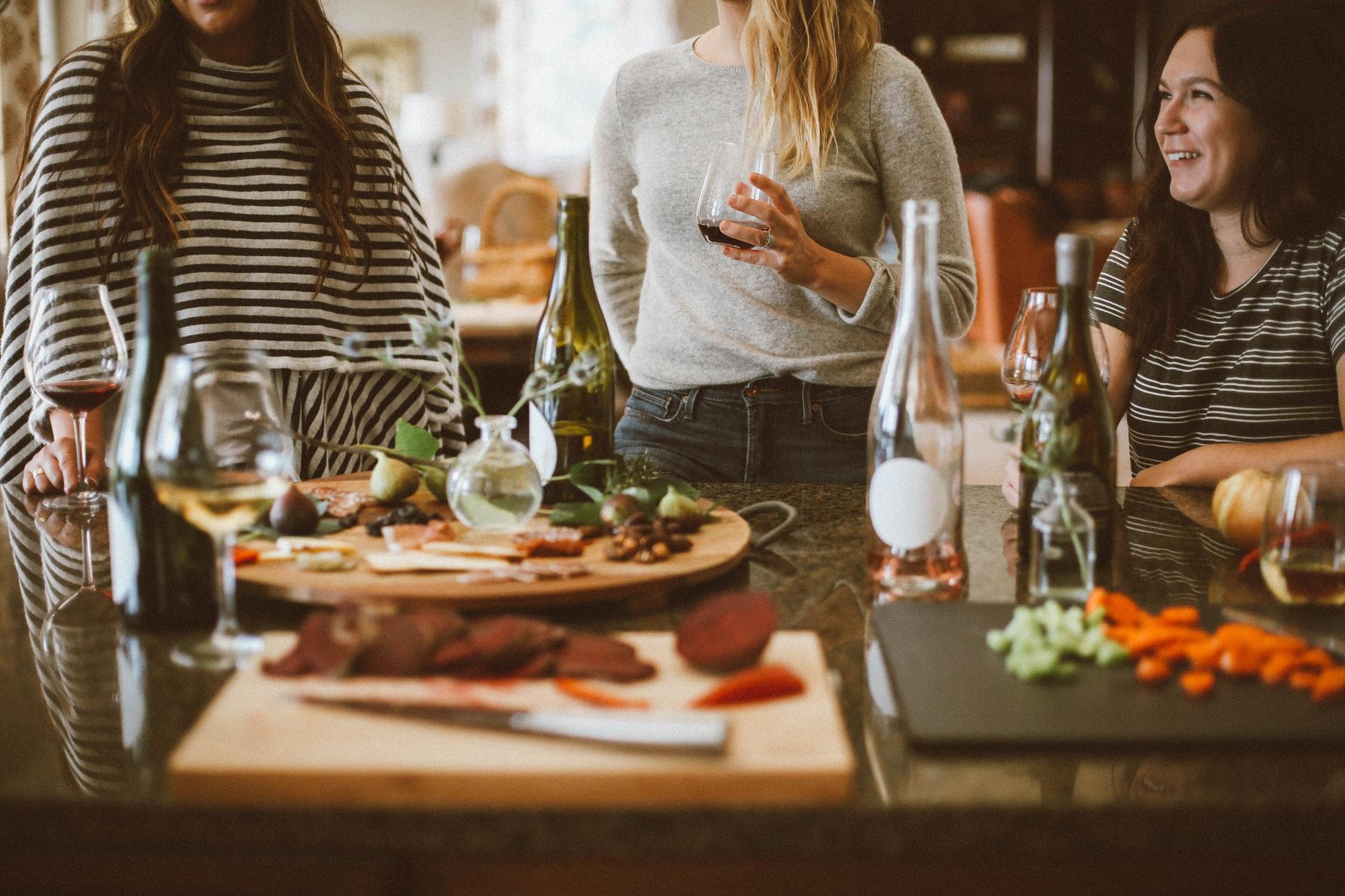Comment continuer de manger équilibré lorsque les activités sociales reprennent?