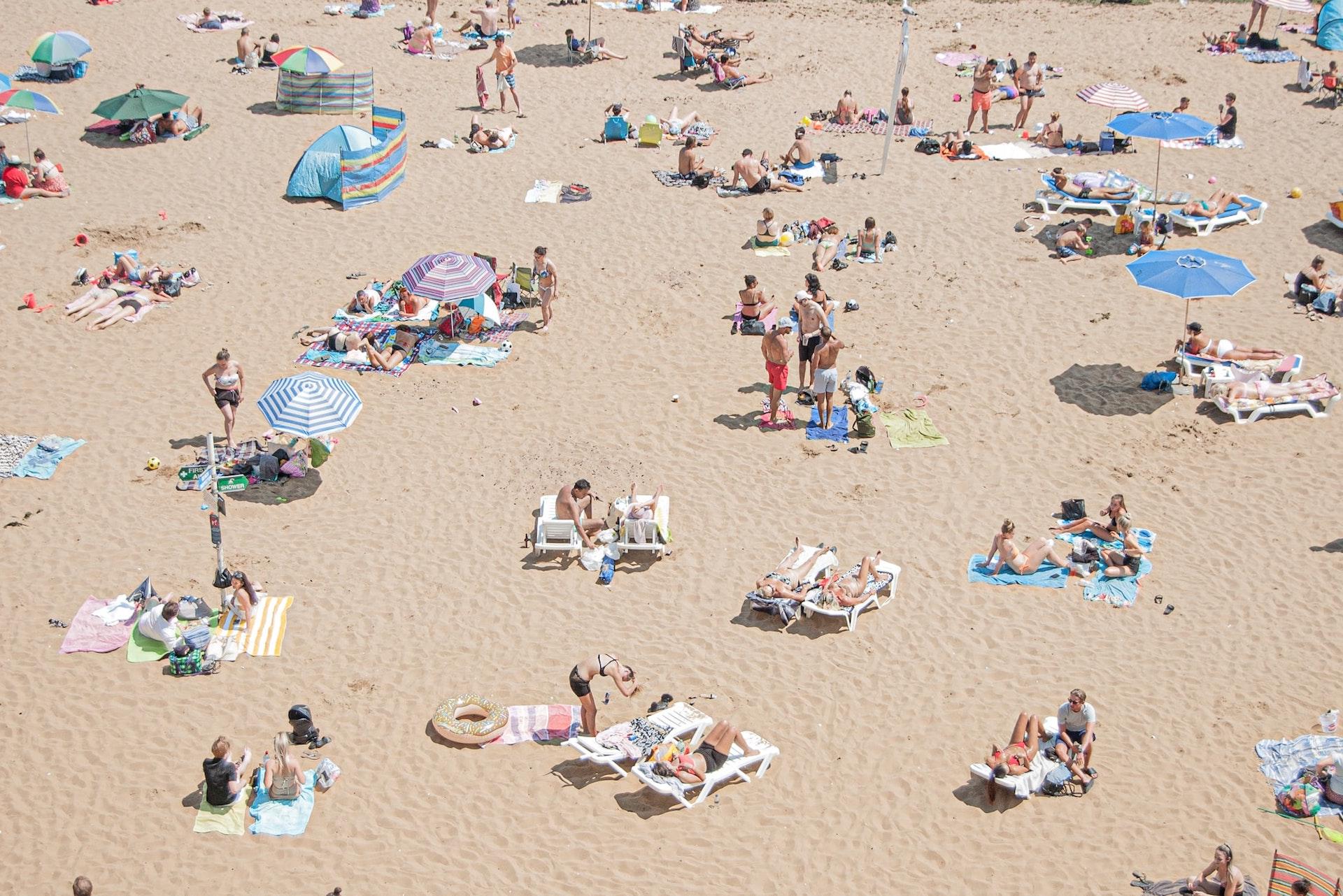 Les effets du soleil sur notre peau, une dermatologue fait le point et livre ses conseils