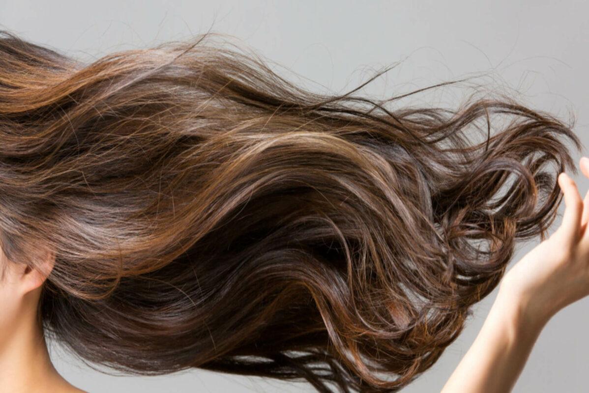 Les gestes à adopter pour optimiser la beauté de ses cheveux