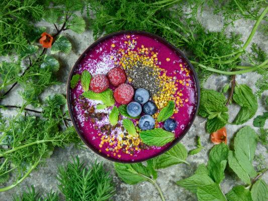 Recette healthy : le rainbow smoothie bowl - Ô Magazine