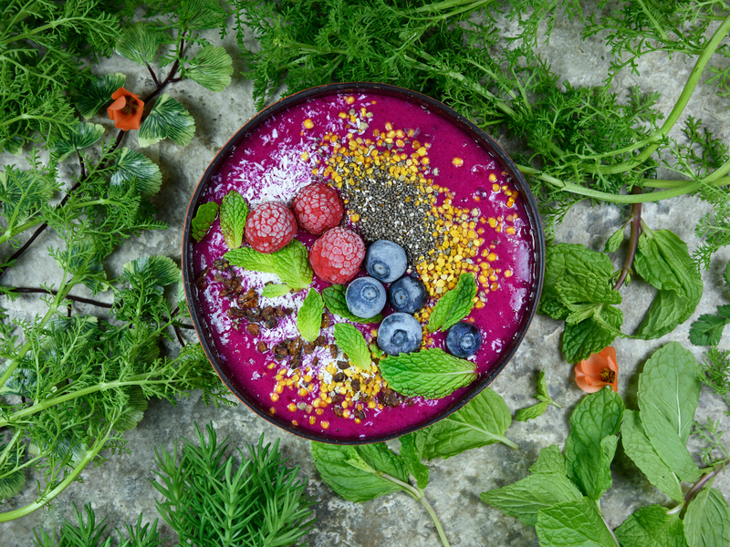 Recette healthy : le rainbow smoothie bowl - Ô Magazine