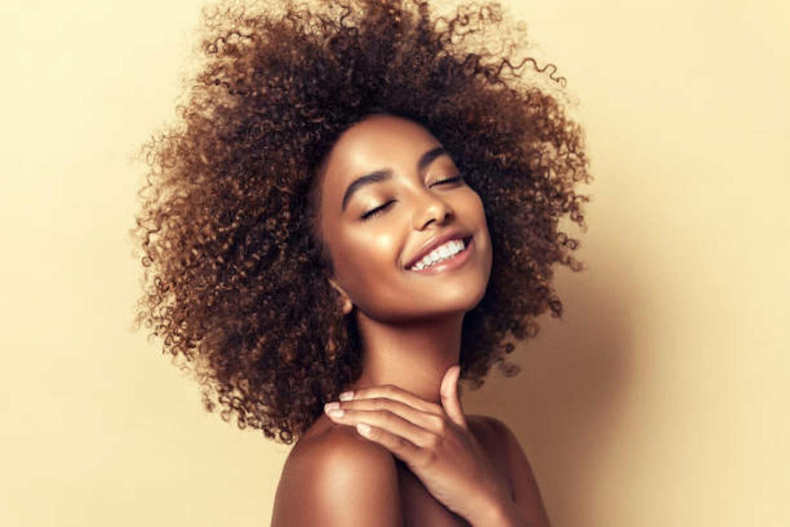 Rentrée capillaire : Les 3 étapes anti-chute de cheveux