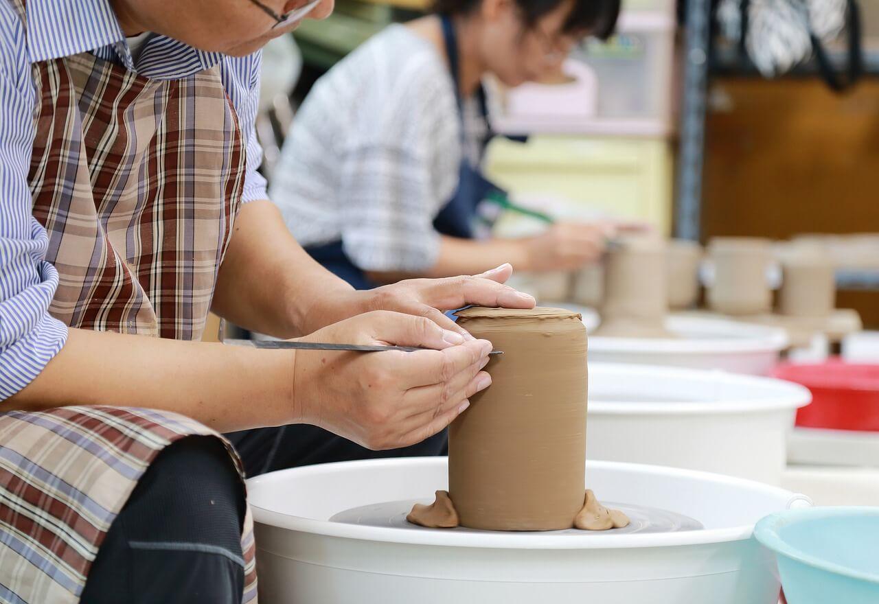 Réussir à faire de la poterie