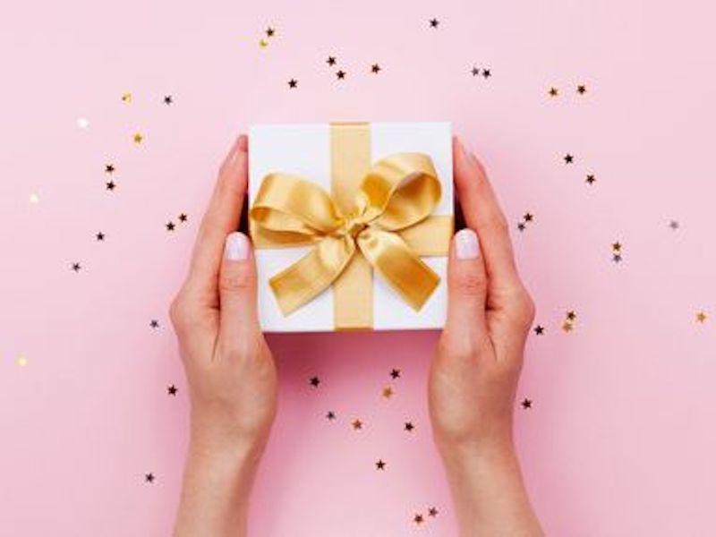 Cadeaux de Noël : sélection de coffrets pour la femme